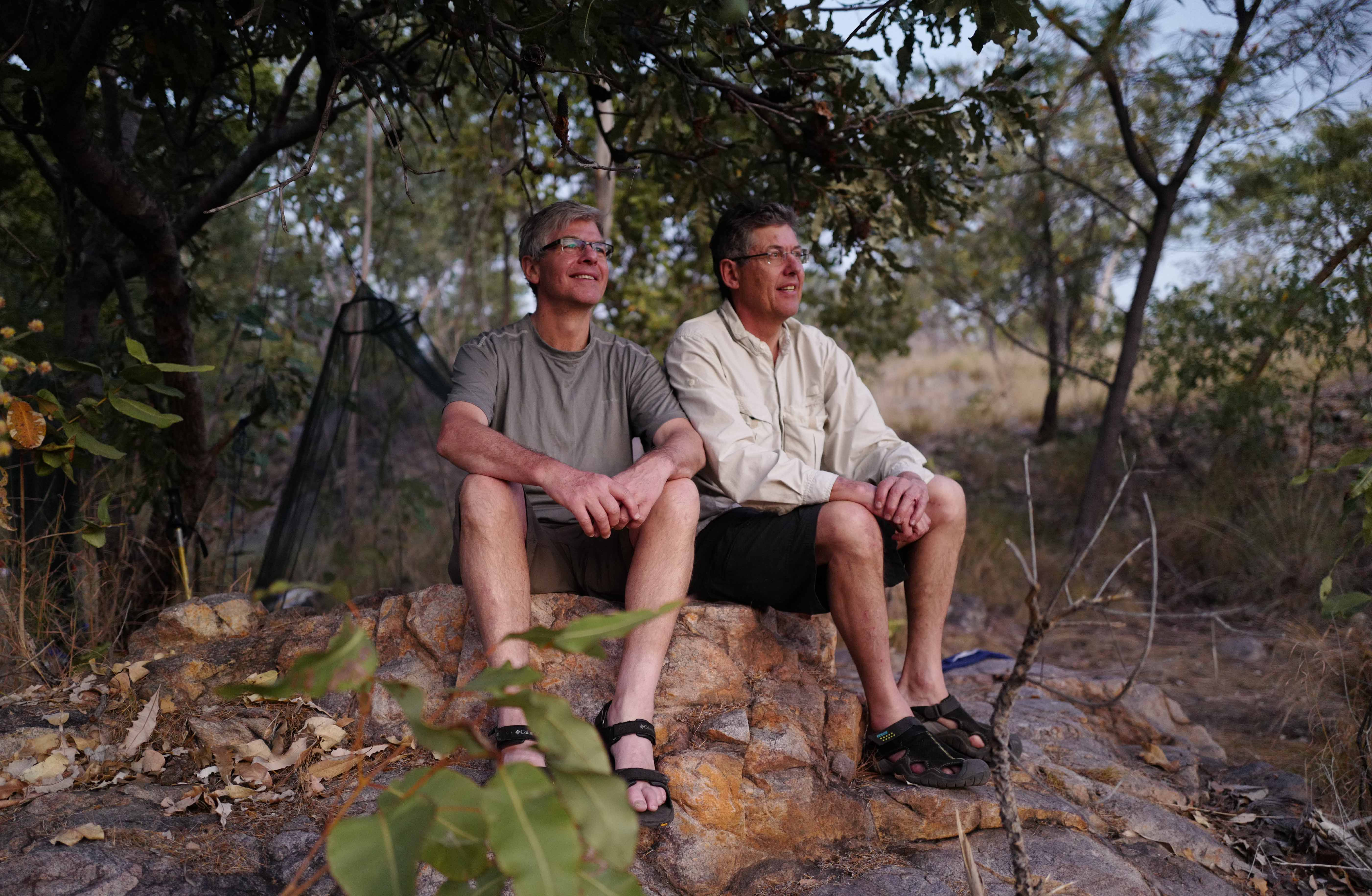 (L-R) Brothers Robbie & Barrie Feyder, experienced bushwalkers and great company on the track share a quiet moment